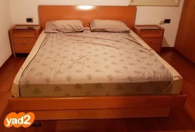 בנפט מיטה זוגית לחדר הורים מעץ ריהוט חדרי שינה יד שניה - ad GB-01